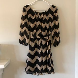 Size Lg, 3/4 sleeve dress